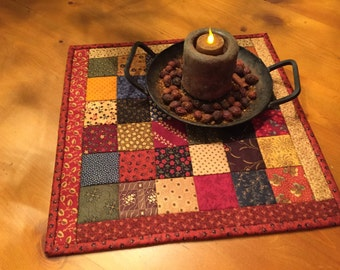 Quilted Table Topper / Candle Mat    Item #1423