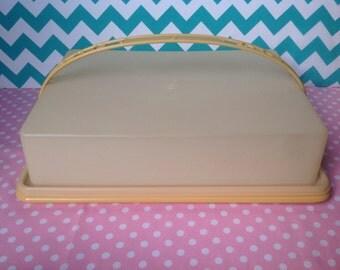 Vintage Tupperware cake carrier in harvest gold, 1970s, sheet cake carrier, rectangular cake plate