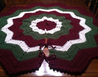 """Large Victorian Crochet Christmas Tree Skirt with Bobble Edge - 52"""" - Ready to Ship"""
