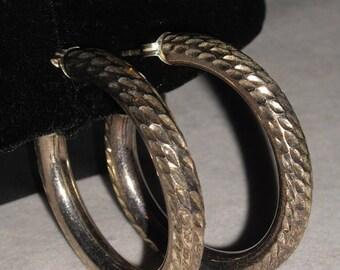 "Vintage Sterling Silver 925 Diamond Cut 1 5/8"""