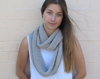 Chunky knitted infinity loop, knitted snood, wool scarf, knitted cowl, merino scarf - stone