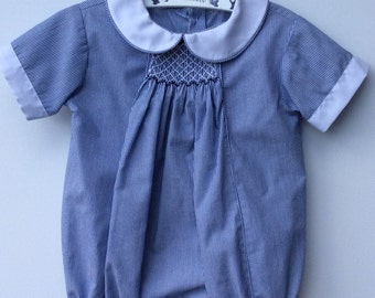 Baby boy smocked summer romper. Other sizes available, birth to 18 months. Also available wit white, navy or red piping and Smocking