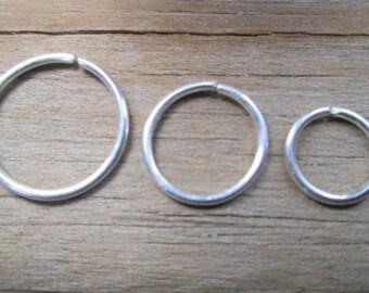 Sterling Silver Cartilage Hoop Earring, 20 Gauge Silver 6mm 8mm 10mm Helix Hoop, Endless Hoop Silver Septum Ring, 6mm 8mm 10mm Tragus Ring