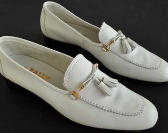 Bally of Switzerland NANTE Men's White Leather Loafers with Tassels - Size 10 - 17 6/24/74 Tom Signed on sole