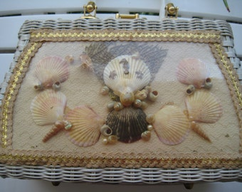 Gorgeous VTG Seashell Wicker Bag by Atlas