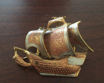 Vintage Toledo Spain Gold Metal Pirate Ship Brooch