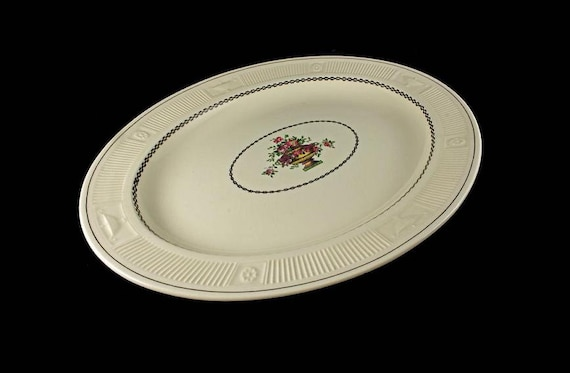 Platter, George Jones & Sons, Crescent Ivory, Antique, Rare, 100 years old, 16 inch platter, decorative platter