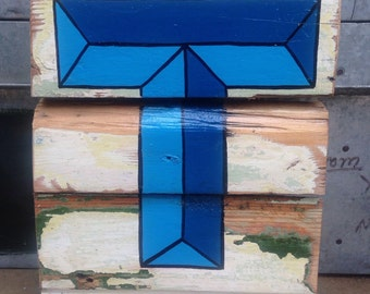 "Reclaimed Wood Sign - Letter ""T"""
