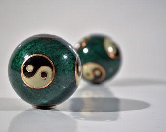 Free Shipping USA Cloisonne Yin Yang Chi Green Balls/Hand Massage Balls with sound/Yin Yang Musical Balls/Yin yang balls,Chinese medicine