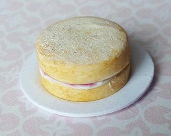 Miniature dolls house food, Victoria sponge cake in 1/12 scale