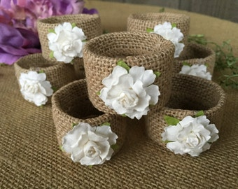Burlap napkin rings/ paper flowers napkin rings/ napkin rings/ tablescaping/ party accessory/ table decor/ tablescape/ rings for napkins