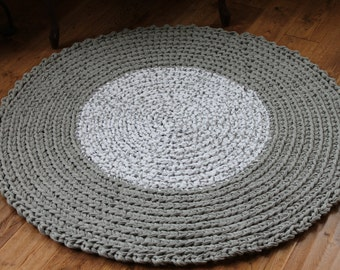 "Rag Rug, Gray and White 42"" Crocheted Round Rag Rug, Cottage Chic Decor, Shabby Chic, Crochet Rag Rug, Gray Rag Rug, Gray Rug, Nursery Rug"