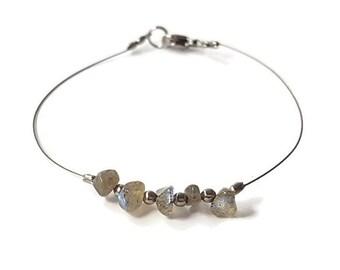 Birthstone jewelry, labradorite bracelet, stone gemstone jewelry, february birthstone bracelet, labradorite jewelry, silver bracelet shiny