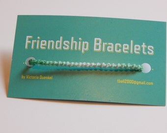 SSS1 Green->White friendship bracelet