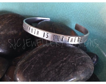 X FILES Inspired Cuff Style Bracelet ( The Truth Is Out There) - X Files Jewellery- X Files Fan-  X Files Bracelet