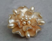 1950s Pearl Flower Brooch - Retro Brooches - Pearl Brooches - Floral Brooches - 1950s - Vintage Brooches - Vintage