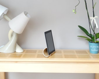 Ipad dock, ipad stand, tablet stand, curved plywood stand, oak