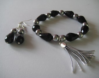 Bracelet and earrings set crystal and red cells