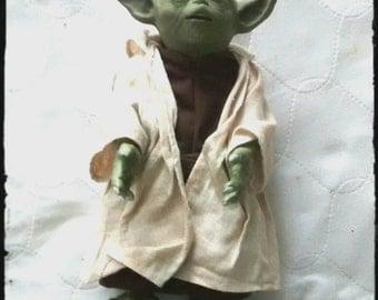 "Interactive Speaking 12"" Yoda Doll"