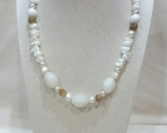 Pearls and Agate Necklace