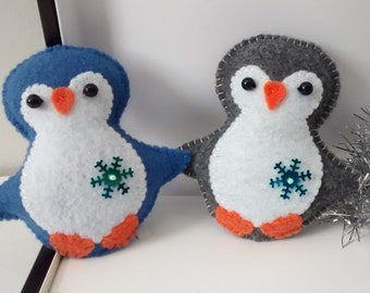 Felt Penguin/ Christmas Penguin Ornament/ Christmas Ornament/ Handmade
