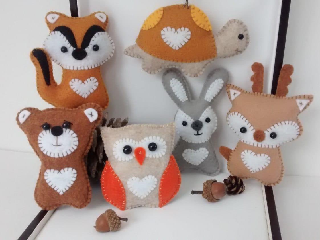 Wool felt ornaments - Woodland Animals Felt Ornaments Owl Deer Bear Chipmunk Rabbit Or Turtle