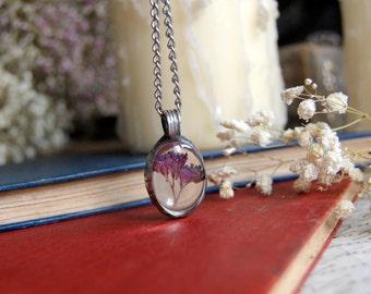 Purple FLOWER terrarium, wildflower necklace, purple necklace, terrarium jewelry, gift, plant jewelry, botanical jewelry, pressed flower