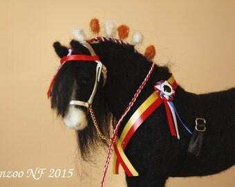 Needle felting Horse felted horse black Shire equestrian art collectible OOAK, equine art, horse sculpture