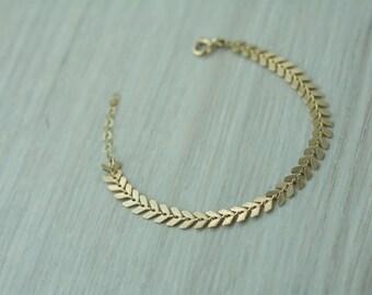 Gold fishbone chain bracelet, gold filled chevron link bracelet, arrow link bracelet, geometric gold filled bracelet, geometric bracelet