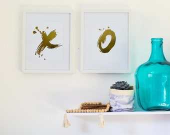"Set of 2 Gold Foil Prints ""XO"" Unframed"