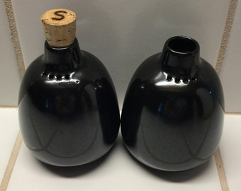 Original Vintage Heath California Pottery Ebony Salt and Pepper Shaker Set