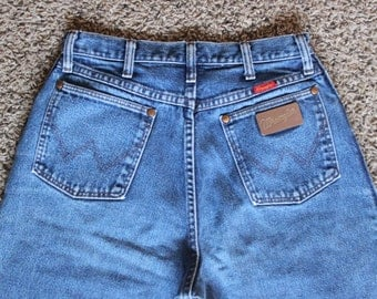 Vintage Women's Wrangler Jeans / High Waist / Dark Blue / Tapered Leg / 11/12x36 / actual 30x35