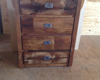 Rustic Reclaimed Barn Wood 4 Drawer Dresser/Chest - Model# WD337 - Amish Made in USA - Free Shipping!