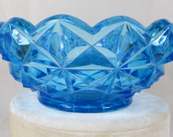 "Glass Bowl, by Indiana Glass Co., ""MONTICELLO"" Scalloped Edge and Crisscross Diamond Pattern in Deep Sky Blue"