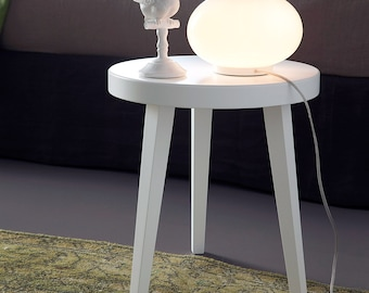 Bedside table, coffee table or seat, round top and 3 legs in Matt white lacquer. Ideal in the bedroom and living room. Made in Italy