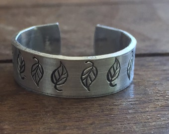 "1/4"" Leaf Adjustable Ring - Matte Texture Artisan Handmade Custom Jewelry Sizes 3-14 Copper Brass Silver Aluminum"