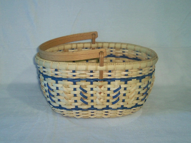 Handmade Beaded Basket : Handmade basket oval ping