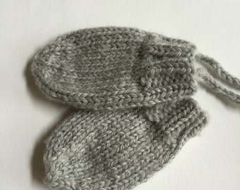 Knit Baby Mittens, Merino Wool Mittens, Thumbless Baby Mitts, Newborn to 18 months size mittens, Washable Wool
