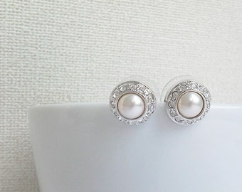 Silver - pearl earrings