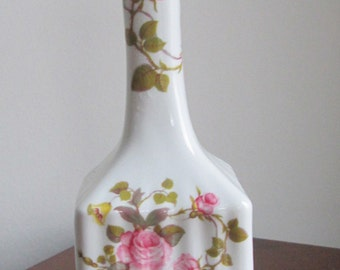 Vintage Tara Vase Royal Tara Ireland Irish Bone China Made In Ireland-Vintage Street Sale-