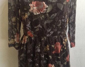 Floral Lace Stretch Short Dress/Size 16.