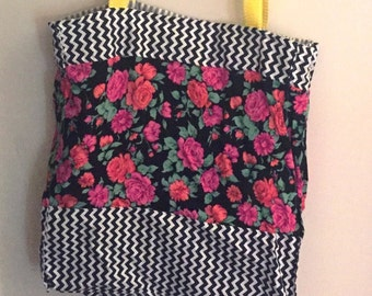Floral and zigzag tote bag