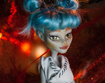 Erika, Monster High doll Ghoulia Yelps makeunder, recycle, OOAK