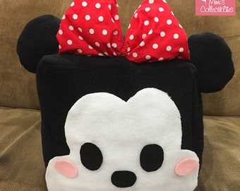 Minnie Mouse Cube Pillow