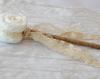 Flower Girl Wands - Flower Girl Wand - Victorian Flower Girl Wand - Princess Wand - Birthday Wand - White Flower Girl Wand - Elegant Wedding