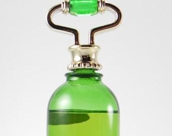 Avon Perfume Emerald Bell Glass Perfume Bottle Avon Fragrance Sweet Honesty Cologne 1978 Avon Bottles Retro Vintage Deadstock FREE SHIPPING