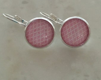 Delicate earrings PINK 12mm