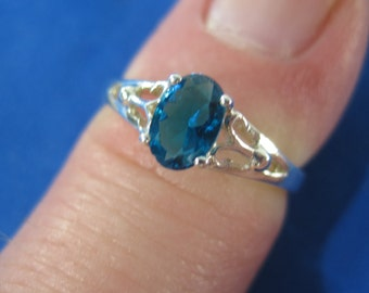 Vintage Sterling Silver Blue Gemstone with Accent Ring Size 4 - 9 Adjustable