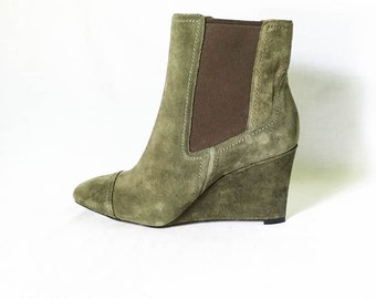 Suede ankle boots size 8M - Suede chelsea boots - Green suede boots - Wedge heel dress boots - Nine West pull on booties - Dress boots