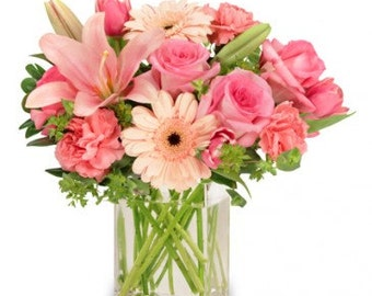 Fresh Flowers in a cubicle vase. LOCAL DELIVERY to: 33160, 33180, 33162, 33179, 33154, 33004, 33009, 33019, 33020, 33021
